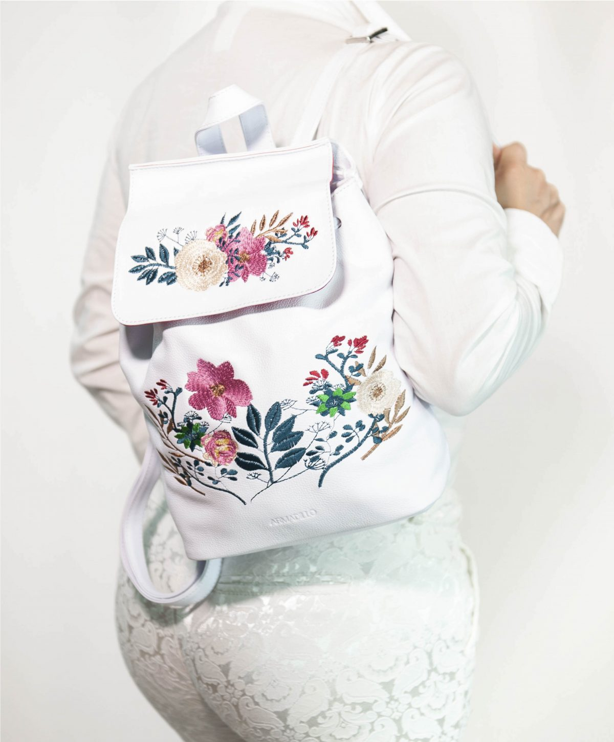 armadillo-leather-handbags-totes-wallets-clutches-backpack-small-leather-goods-accessories-office-travel-gifts-in-canada-white-backpack-embroidery-flowers