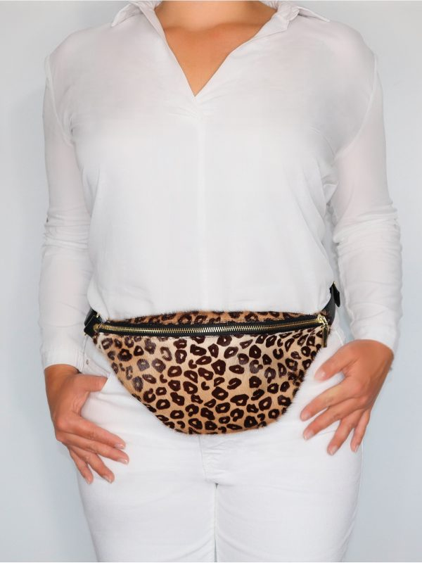 armadillo-leather-handbags-totes-wallets-clutches-backpack-small-leather-goods-accessories-office-travel-gifts-in-canada-crossbody-purse-animal-print-cheetah-fanny-pack-02