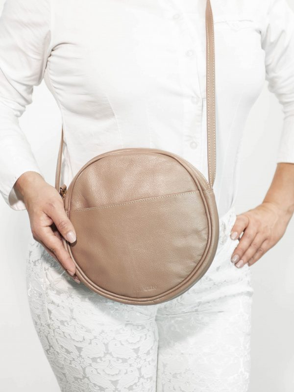 armadillo-leather-handbags-totes-wallets-clutches-backpack-small-leather-goods-accessories-office-travel-gifts-in-canada-circle-purse-almond-tan