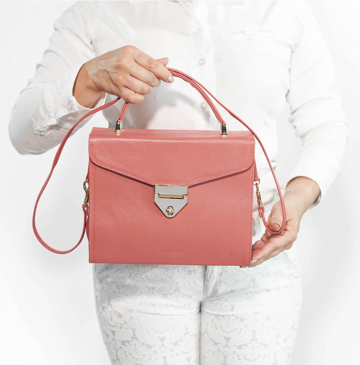 armadillo-leather-handbags-totes-wallets-clutches-backpack-small-leather-goods-accessories-office-travel-gifts-in-canada-img-slide-handbag-kate-spade-purse-coral