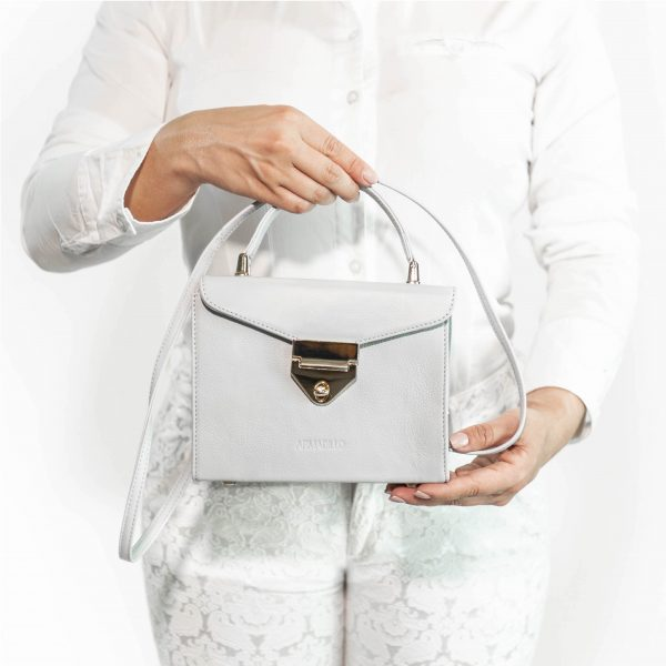 armadillo-leather-handbags-totes-wallets-clutches-backpack-small-leather-goods-accessories-office-travel-gifts-in-canada-img-slide-handbag-kate-spade-chain-mini-purse-grey-gray