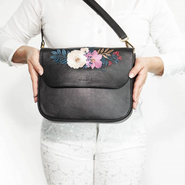 armadillo-leather-handbags-totes-wallets-clutches-backpack-small-leather-goods-accessories-office-travel-gifts-in-canada-nona-embroidery-black-flowers