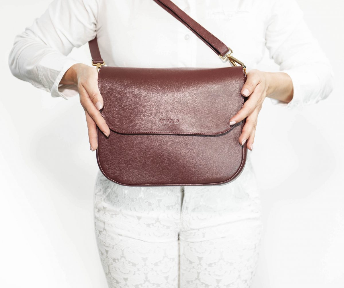 armadillo-leather-handbags-totes-wallets-clutches-backpack-small-leather-goods-accessories-office-travel-gifts-in-canada-nona-burgundy-dark-red-wine-cognac-crossbody