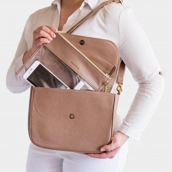 armadillo-leather-handbags-totes-wallets-clutches-backpack-small-leather-goods-accessories-office-travel-gifts-in-canada-nona-front-almond-tan-clear-clutch-set