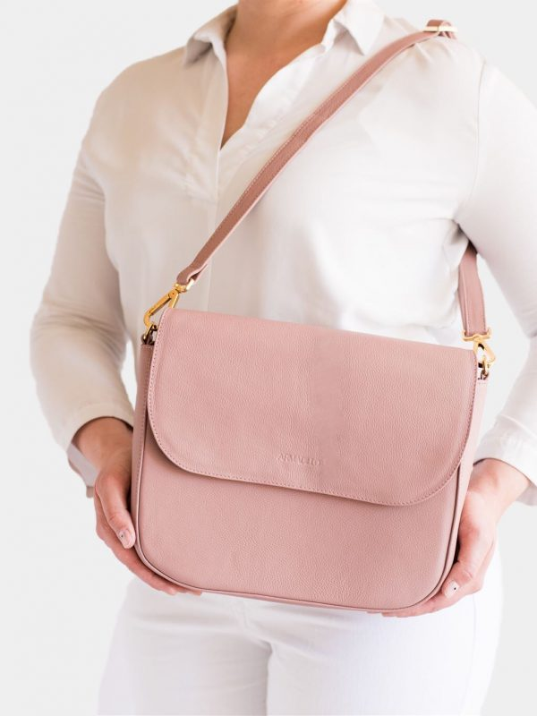 armadillo-leather-handbags-totes-wallets-clutches-backpack-small-leather-goods-accessories-office-travel-gifts-in-canada-crossbody-purse-pink-mauve-dusty-pink-rose-02