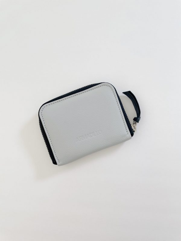 Card_Wallet_leather_Zip_Wallet_Squared_leather_wallet_grey_light_grey
